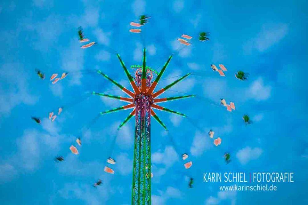 Karusell Karusell - Handyfotografie auf dem Wasen (6/6)